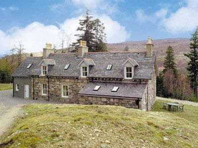 Photo for 4 bedroom accommodation in Inverey, Braemar