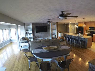 Incredible Lake house / large dock / BEST location on the lake: Firefly Shores