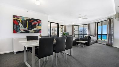 Photo for Victoria Square 2 Bed Ocean View Broadbeach