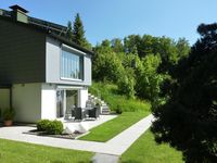 A fantastic holiday home - clean, comfortable, light and extremely well equipped.