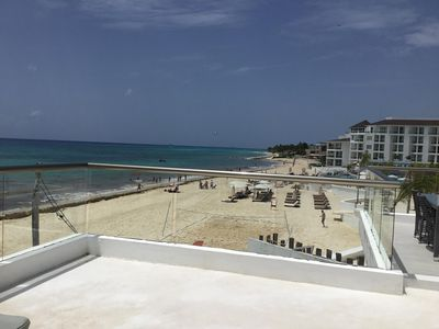 Photo for Beautiful Newly Renovated 1 Bedroom Beachfront Condo!  Amazing View!