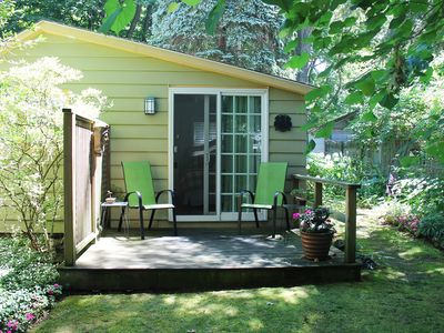 Photo for Charming Cottage in Historical Dist with Beautiful Gardens-5 minute walk to town