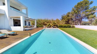 Photo for 5BR Villa Vacation Rental in Chania