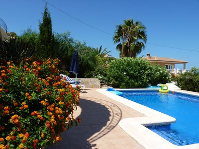 Photo for Charming villa with sea view 180 °, private pool, solarium.