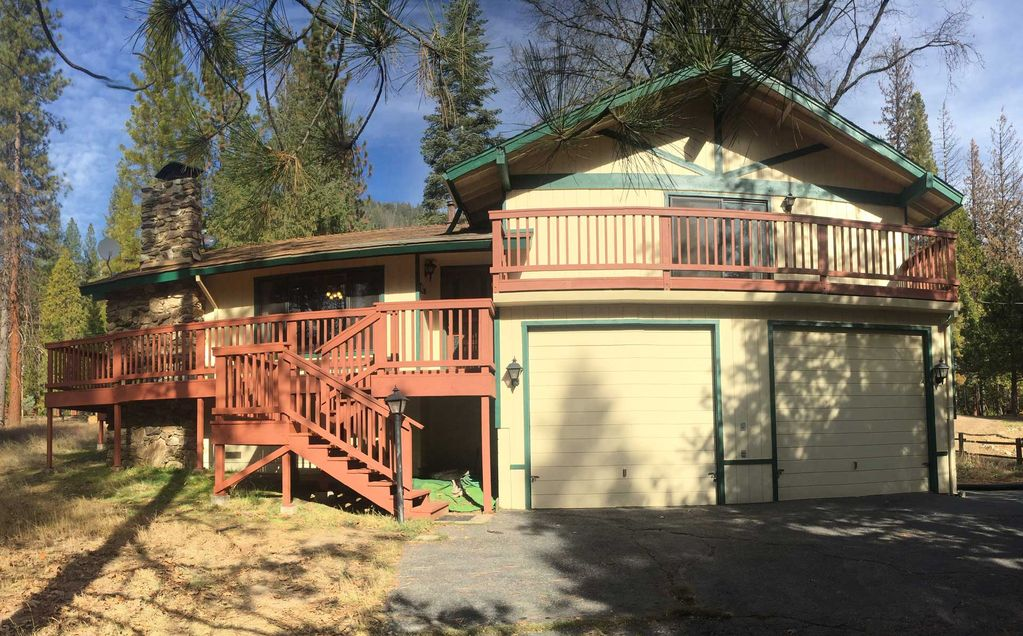 Stay In Wawona Inside Yosemite National Park!