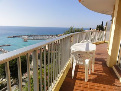 Photo for Studio with sublime panoramic view of the sea, the old Chin and Italy !!!