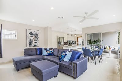 gorgeous open  plan living room with large 4K Samsung smart tv
