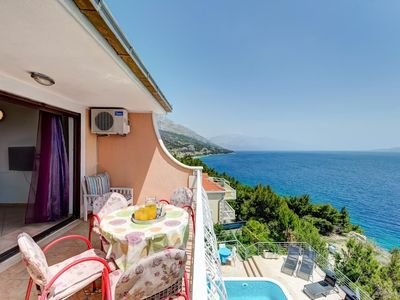 Photo for 343 m from the center of Lokva Rogoznica with Internet, Pool, Air conditioning, Parking (747104)