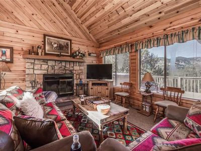 Photo for Breakaway Cabin, 3 Bedrooms, Sleeps 6, Pets Welcome, Wood Fireplace