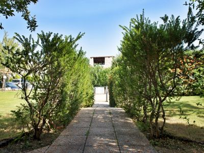Photo for Villa Granito, surrounded by greenery and a stone's throw from the sea