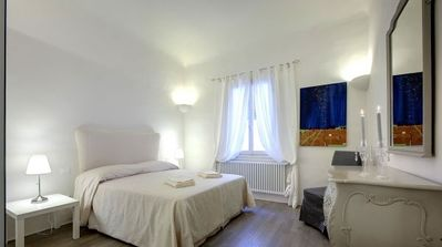Photo for Bright and spacious apartment in the heart of Florence a few steps from S. Croce