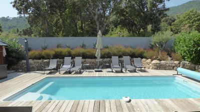 Photo for Air-conditioned villa 3 * Private heated pool near beaches / natural pools
