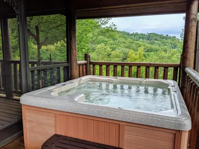 6 Seat Hot Tub with Breathtaking Views