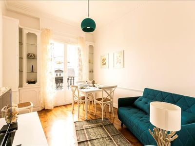 Photo for Apartment in Paris with Internet, Lift, Balcony, Washing machine (552951)
