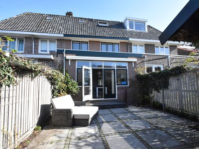 Photo for Great family home in quiet residential area near Amsterdam and Alkmaar