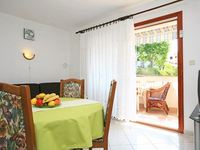 Photo for Holiday home with terrace - Apartment Dika Veselko A2