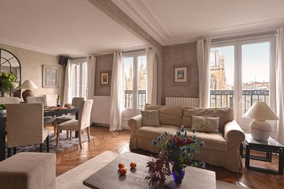 3 French windows fill the room with light.