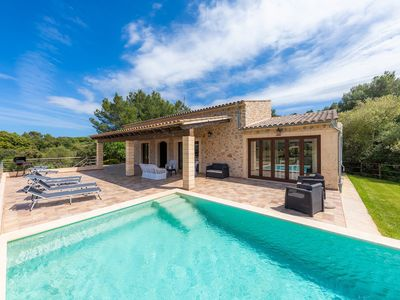 Photo for Romantic Country House with Pool, Terrace, Garden & Wi-Fi; Parking Available