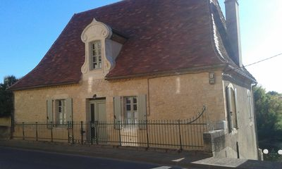 Photo for Within a few minutes walk to Le Bugue, magnificient detached house, great views