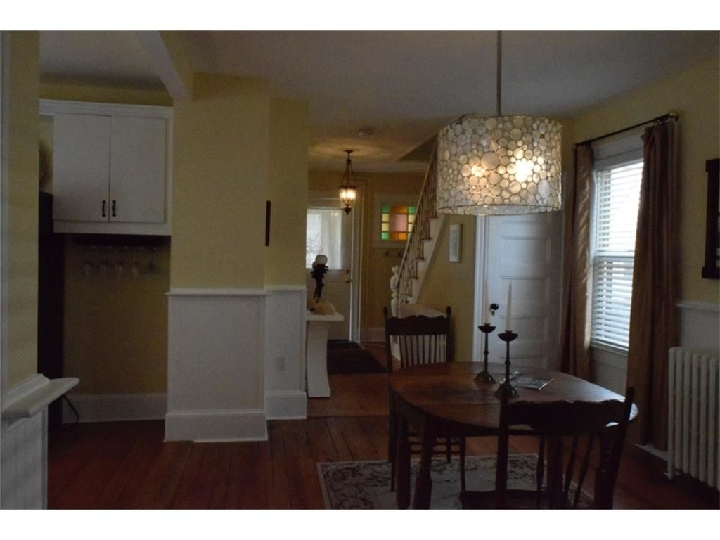 Newport Cottage, Easy Walk To Town, Harbor, Parks, Restaurants And Shops