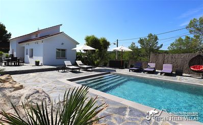 Stylish Villa Jupiter With Cool Swimming Pool And A C Quiet