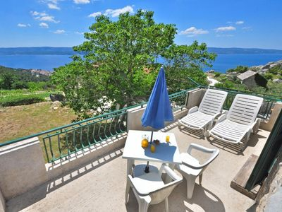 Photo for One bedroom apartment with terrace and sea view Borak, Omiš (A-15767-a)