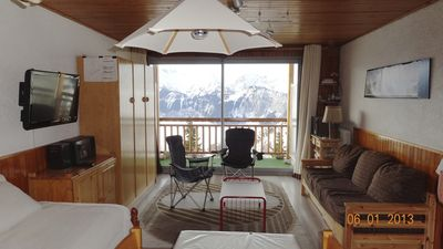 Photo for Studio 38m2, close to shops exceptional view of Alpe d'Huez
