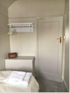Photo for Great way to see Wembley Stadium! Clean and modern single room