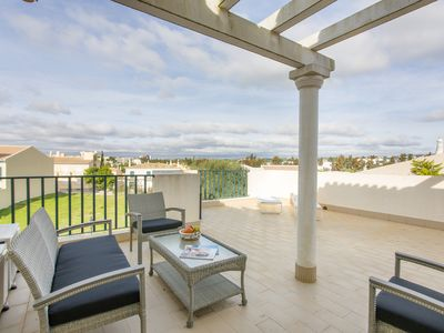 Photo for Spacious modern apartment in charming Vilamoura