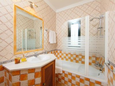 Photo for Apartment in Albufeira with Internet, Pool, Air conditioning, Parking (677449)