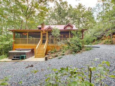 Photo for On 8 wooded acres w/ a creek! Enjoy private hot tub, screened-in deck & firepit