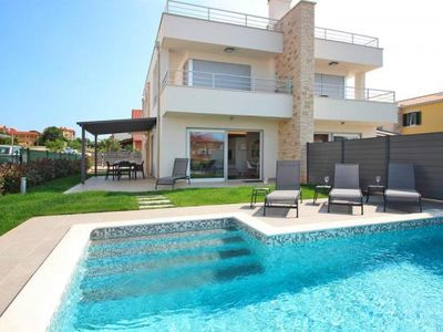 Photo for Villa Adria, Novigrad  in Westküste Istrien - 6 persons, 3 bedrooms