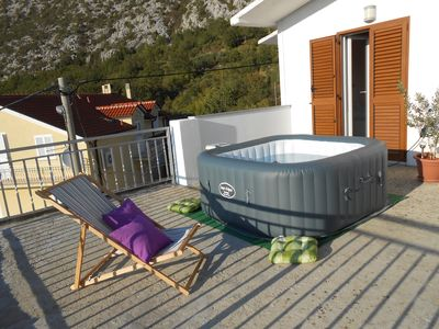 Photo for Comfortable apartment Gornja Brela with jacuzzi on panoramic terrace