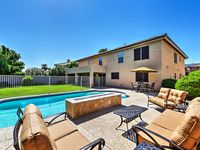 Wonderful house with heated pool, lots of space & quiet gated community