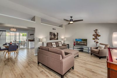 Gorgeous N Scottsdale Home near TPC Golf, Mayo Clinic - SPA, Putting Green,  BBQ - Paradise Valley Village