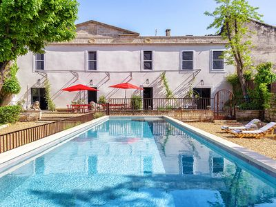 Photo for Big house: 8 rooms with swimming pool and tennis in the heart of a village winemaker
