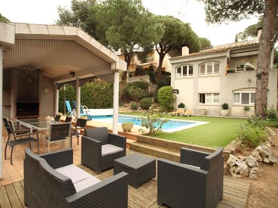 Photo for VILLA SERRANO, COMFORTABLE HOME WITH POOL NEAR BARCELONA