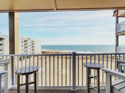 Photo for OCEANFRONT! 2BR/2BA - sleeps 6