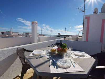 Photo for Alfarroba One bedroom apartment with sea view at 20 meters Ria Formosa