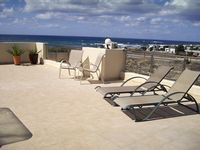 Apartment in perfect position near to beach, shops and restaurant with lovely views.