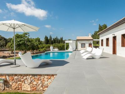 Photo for Stunning private villa for 6 people with WIFI, A/C, private pool, TV and parking