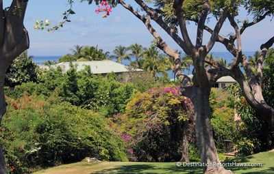 Photo for Wailea Townhome! Expansive master suite with private lanai & partial ocean view!