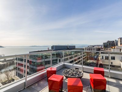 Photo for Bring the dog along to this modern condo w/ gorgeous city views in Belltown!