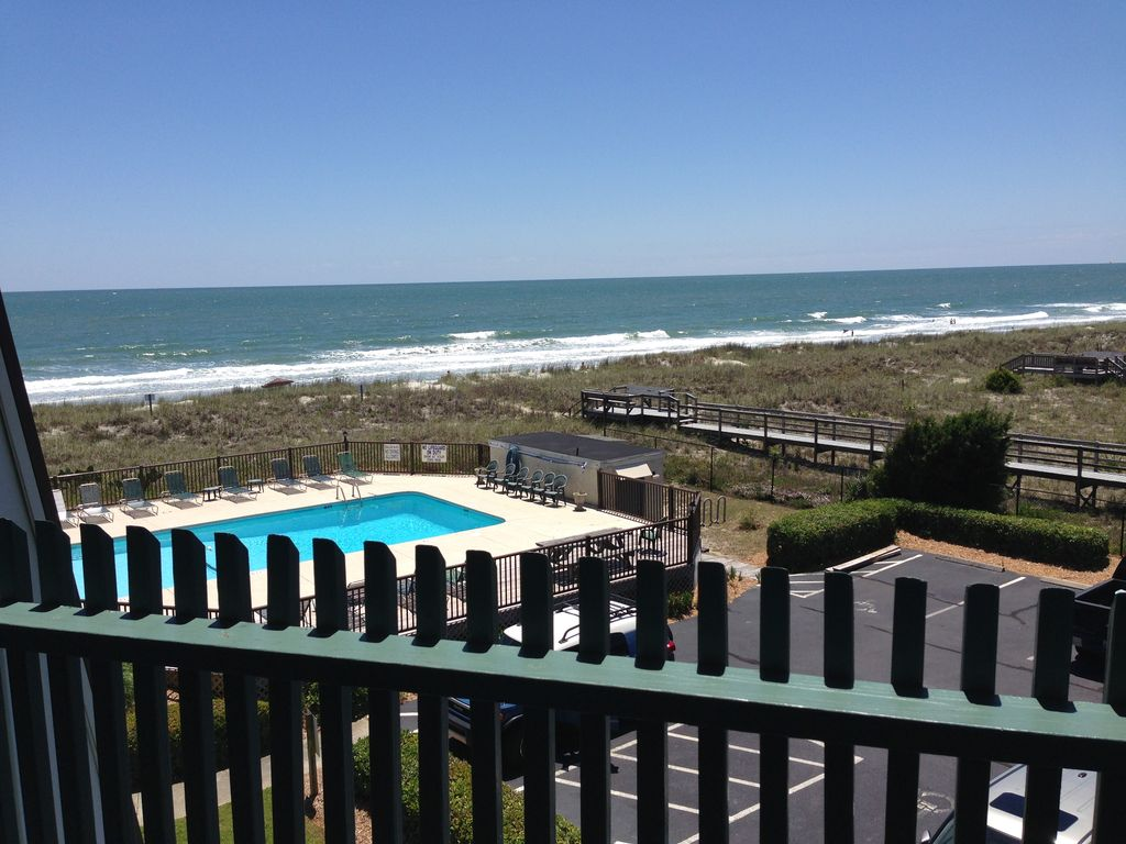 Southernmost condo complex in garden city with wide un crowded beach murrells inlet myrtle for Garden city myrtle beach hotels