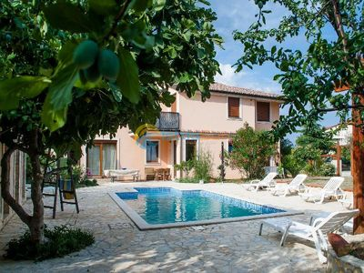 Photo for Apartment 1242/11861 (Istria - Liznjan), Family holiday, 1500m from the beach
