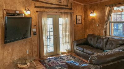 """Photo for Upper Canyon Lodging Co - """"Sandoval"""" - It has it All! Hot Tub, Fire Tables, Great outdoor spaces"""