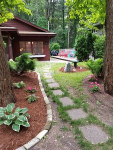 Charming redwood cottage in private, friendly Association with 400 ft. beach...!