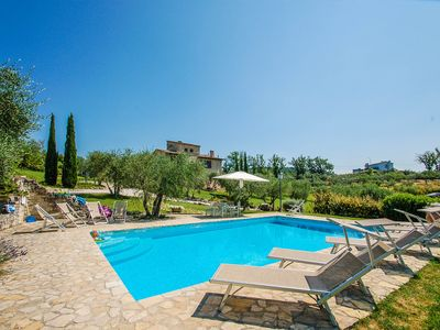 Photo for Villa with private pool, air conditioning, Wi-fi 35 km from Perugia, 3km village