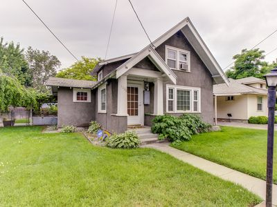 Photo for Cozy cottage-style home w/ a quiet neighborhood location for family getaways!