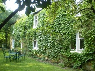 Photo for Characterful and friendly farmhouse, just ideal for groups of family or friends